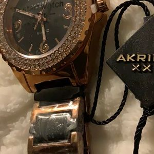 Other - Akribos XXIV gold and black watch